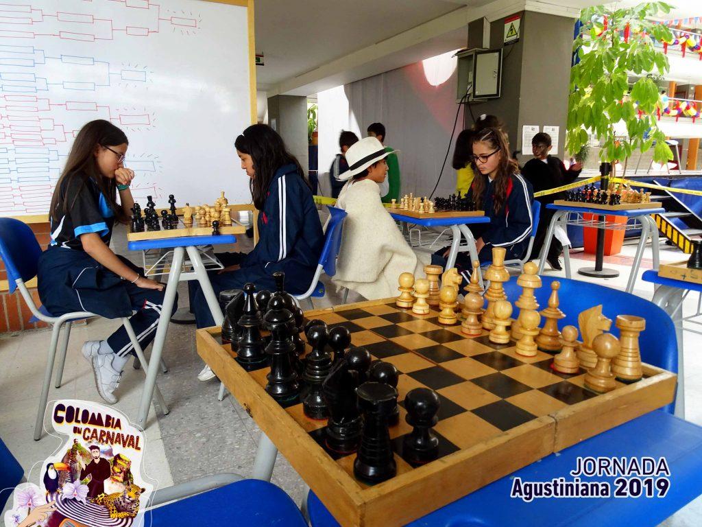 semana-agustiniana-2019-dia2-colombianidad-ajedrez